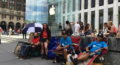Apple fanboys